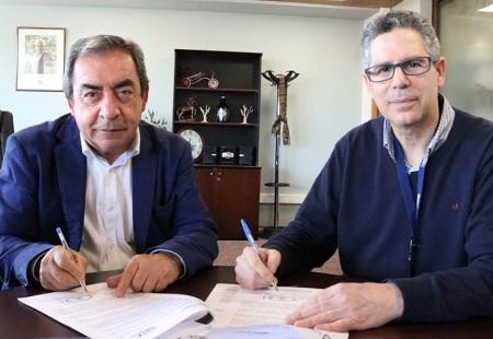 SEC Los Ríos y municipio de San José de la Mariquina suscriben convenio para recibir reclamos de vecinos