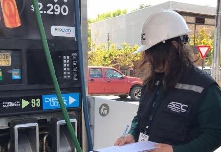 SEC Coquimbo fiscaliza seguridad y funcionamiento de estaciones de servicio de la región